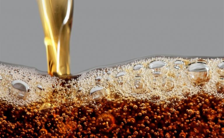 Acht praktische toepassingen van cola