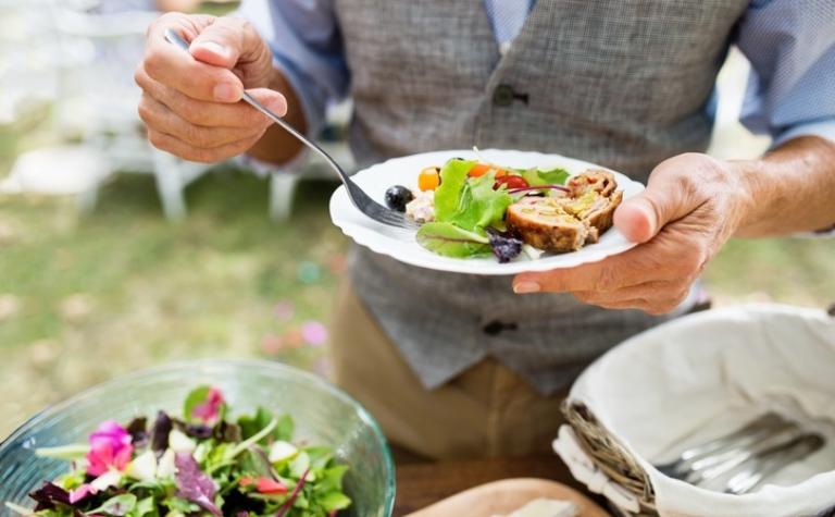 Voeding in relatie tot aandoeningen en medicijngebruik bij ouderen