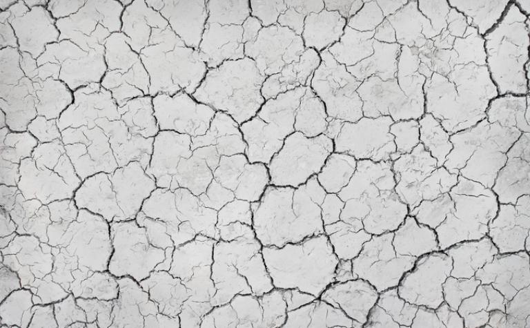 Wat te doen bij een zeer droge huid en kloven?