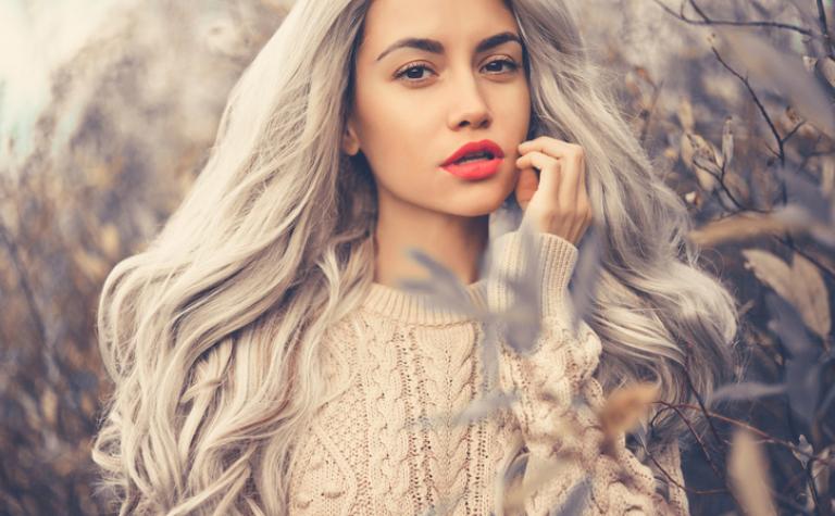 Kun je voorkomen dat je haar grijs wordt?